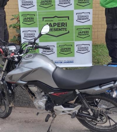 Agentes do Programa Segurança Presente de Japeri recuperam moto roubada no bairro Santa Amélia
