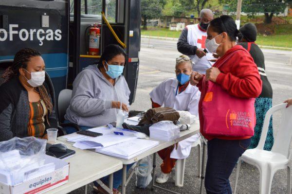 Japeri e Cruz Vermelha iniciam vacinação itinerante contra a Covid-19